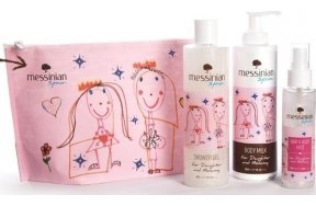 Messinian Spa Σετ Daughter & Mommy Aφρόλουτρο 300ml, Γαλάκτωμα 300ml, Hair & Body Mist 100ml & Νεσεσέρ